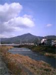 高野川から望む比叡山